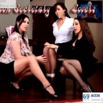 online Nylon Secretary Lovers丝袜情人秘书,Christina&Jewell/54分钟/4影视币