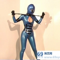 online Gwen Media 经典 Catsuits, Corsets and Hoods part1-part5/46分钟/5影视币